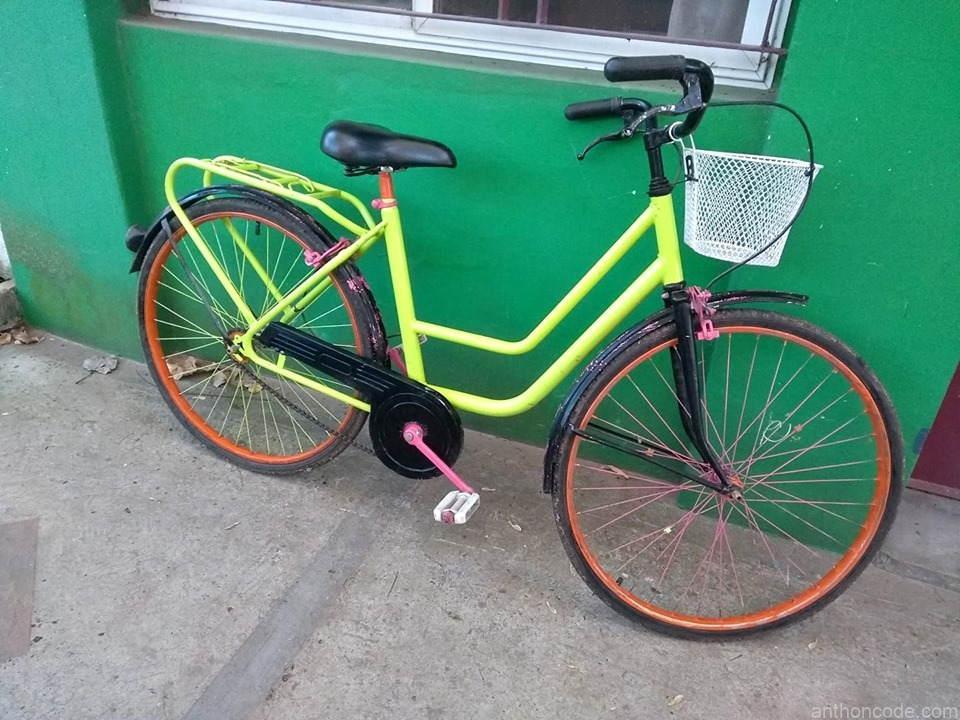 bicicleta-verde-limon-de-paseo